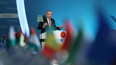 Ердоган разговаря с Путин и Порошенко за напрежението в Крим