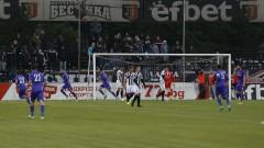 Етър победи Локомотив (Пд) с 2:0 и предреши плейофа за Лига Европа