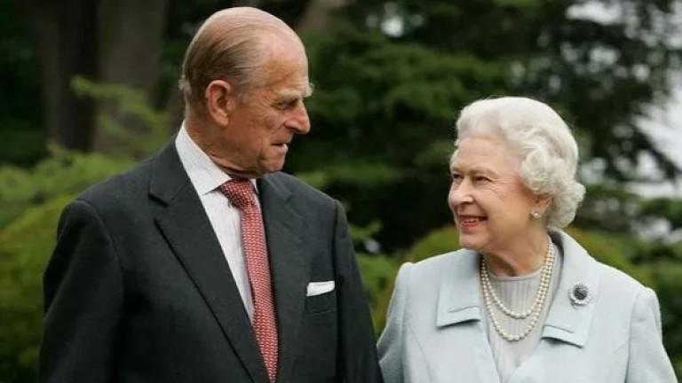 Кралицата и принц Филип отново заедно