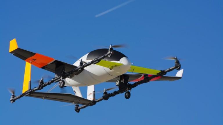 Мечтата за летящи автомобили съществува далеч преди Boeing Co. да