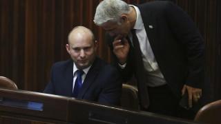 Лапид успя да сформира коалиционно правителство в Израел