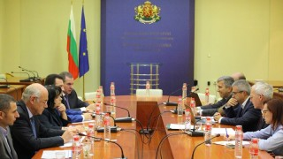 Енергийната борса обясни пред Петкова и бизнеса пазарния принцип на тока