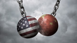 """Китай усеща """"силна миризма на барут и драма"""" в преговорите със САЩ"""