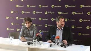На магистратите се влияе като в махалите и гетата по избори, сигурен Иванов