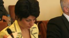 Здравната министърка призова за връщане на масата на преговори