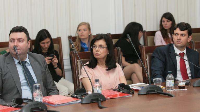 Грешка е да държат България извън Шенген, настоява Кунева