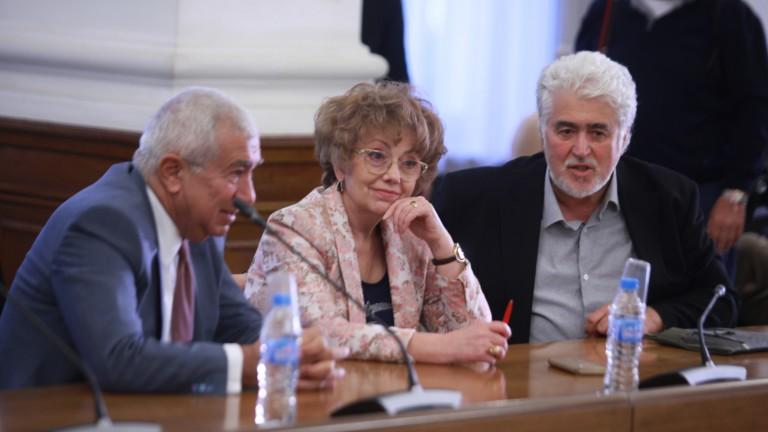 Нинова се бетонирала като лидер на БСП, политическата кариера на Манолова свърши