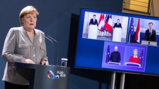 Меркел е съгласна с Макрон и Курц - погват ислямистите и пазят границите на Шенген