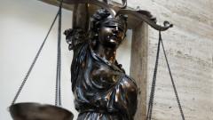 Условна присъда за полицай, получил подкуп
