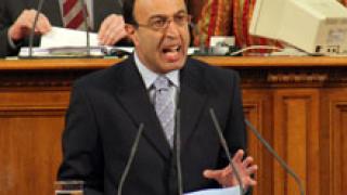 Стоянов иска дясно обединение за Комисията по досиетата