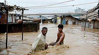 15 загинаха при наводнения в Афганистан