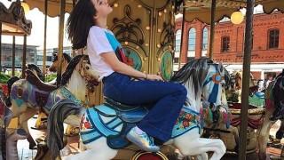Тенденция назаем: класически джинси
