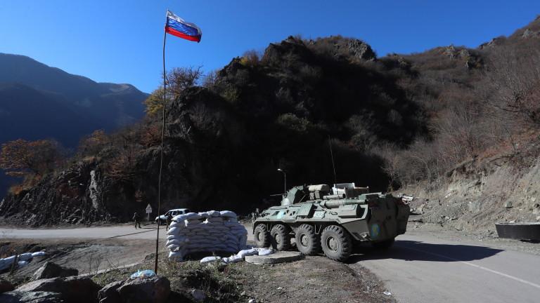 Азерската армия навлезе в Келбаджарския район между НагорниКарабах и Армения.