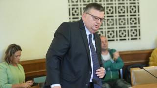 """КПКОНПИ отново каза """"не"""" на новия ред за налагане на пътни глоби"""