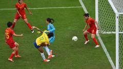 Без изненади в женския футболен турнир