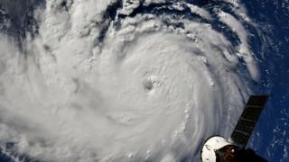 Евакуация на над 1 млн. души в САЩ заради урагана Флорънс