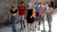 Испания се бори с втори пик на COVID-19 - близо 3600 новозаразени за ден