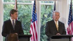 Тръмп помолил Тилърсън да възстанови отношенията с Москва