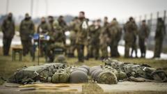 Кандидат-войниците имат още две седмици да подадат документи
