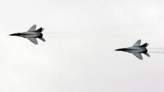 Стотици граждани почетоха празника на ВВС във Враждебна