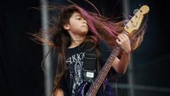 KORN си взе 12-годишен басист с известен татко