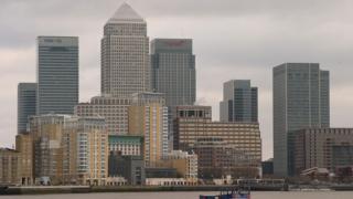 Британската икономика се намира на границата на рецесия