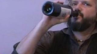 Калин Терзийски надига бутилка в ефир в 10 сутринта