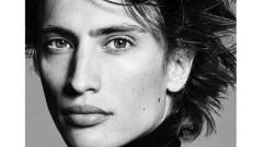 Племенникът на известен модел от 90-те става модел