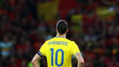 Ибрахимович отново облича фланелката на Швеция