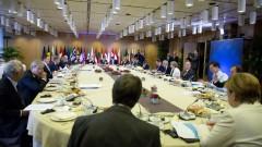 ЕС обмисля стратегическа автономия и дистанциране от САЩ
