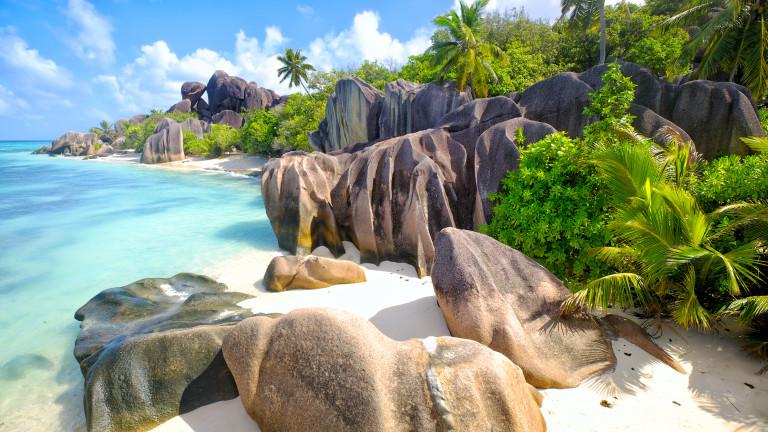 Островът, който обяви, че всички ваксинирани туристи са добре дошли