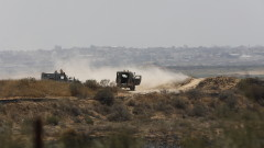 Израелски войници убиха трима палестинци край оградата с Газа