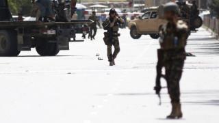 Експлозии и стрелба до афганистанското вътрешно министерство в Кабул