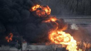 Хотел изгоря до основи в Сливенско