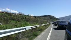 ТИР аварира на пътя Варна - Бургас