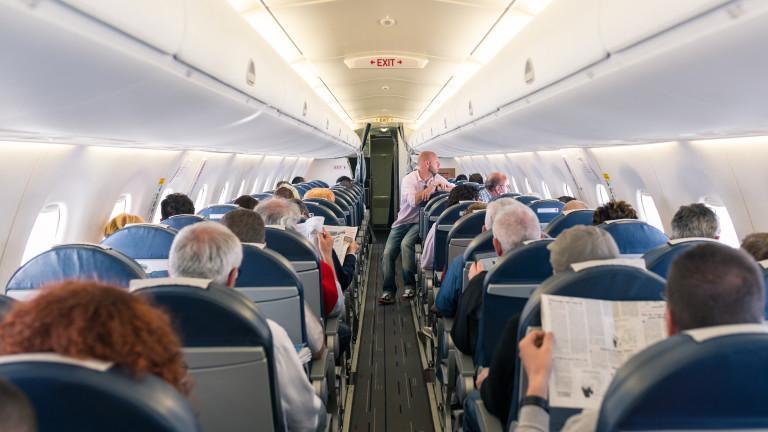 Въпреки мерките: Най-силният уикенд за авиокомпаниите в САЩ от началото на март