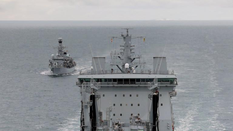 Великобритания изпраща боен кораб в Южнокитайско море