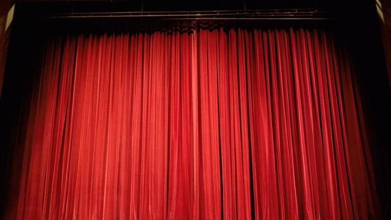 Компетентно ръководство в министерството искат актьорите от Благоевград
