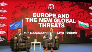 Джамбазки вижда инфовойна срещу България от Русия, Сърбия и С. Македония