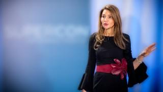 Жената, която се превърна от секретарка в шеф на компания за $1 милиард