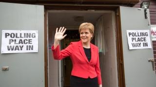 """Премиерът на Шотландия критикува британската кампания """"за"""" оставане в ЕС"""