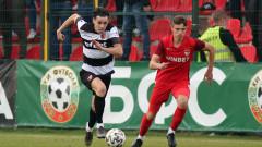 Локомотив (Пловдив) - Царско село, Минчев наказа два пъти бившия си отбор