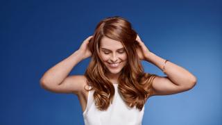 Уникална формула съживява увредената коса