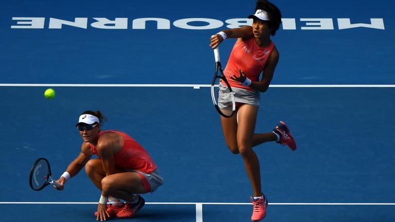 Австралийката Саманта Стосър и китайката Джън Шуей спечелиха турнира на