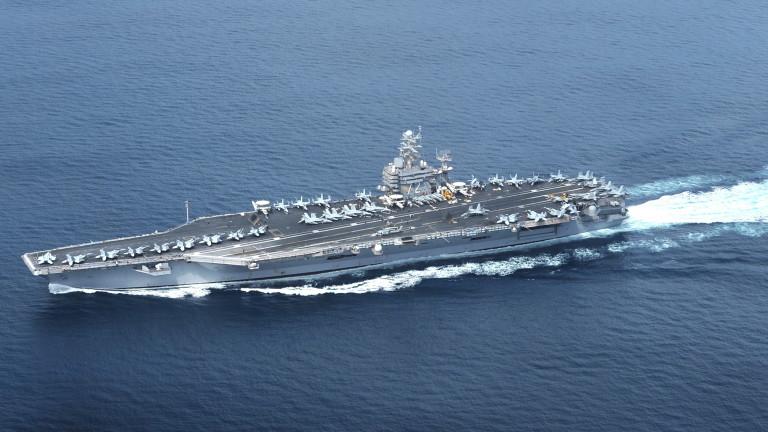 Самолетоносачът на САЩ за сдържане на Иран премина през Суецкия канал