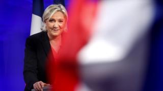 Льо Пен: Макрон признава своите грешки