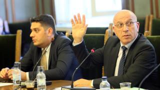 Комисията за изтребителя с амбиция да изчисти всички съмнения