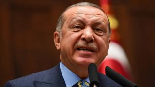 Ердоган не се отказва от руските S-400, рискувайки нови американски санкции