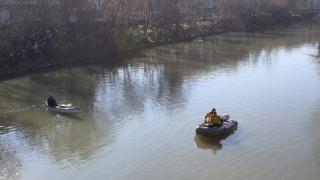 Откриха труп на дете в река Огоста