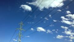 Най-дългият електропровод ще се простира на разстояние, колкото това между София и Дубай